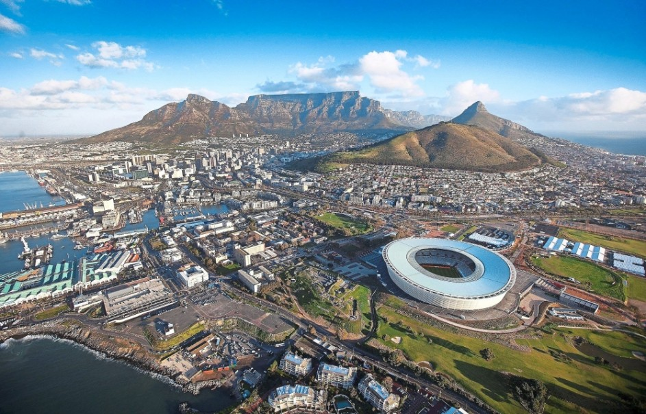 SOUTH AFRICA - JOHANESBURG & CAPE TOWN