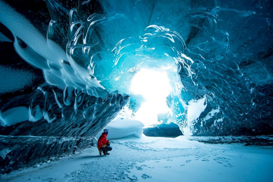 ICELAND - ICE CAVE - GLACIER LAGOON & SNOWMOBILE PLUS WHALE WATCHING