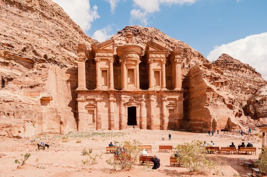 07D PETRA THE LOST CITY OF JORDAN + EXPERIENCE AMAZING STARGAZING IN WADIRUM